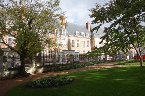 Photo of pavillons Descures, four early 17th century mansions  very similar from the one of the Royal Square in Paris. Orléans, Loire Valley, France.