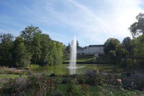 Foto del parque floral de la Source, unos de los mas famoso jardín de Francia, en el fondo el castillo de la Source.
