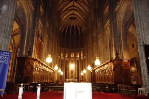 Photo du choeur de la cathédrale Sainte-Croix d'Orléans pour illustrer la visite guidée de la cathédrale d'Orléans, Orléans, Val de Loire, France.