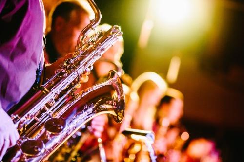 Visiter Orléans dans le Val de Loire, c'est aussi profiter de nombreux festivals et animations, chaque année au printemps, le jazz est à l'honneur à Orléans.